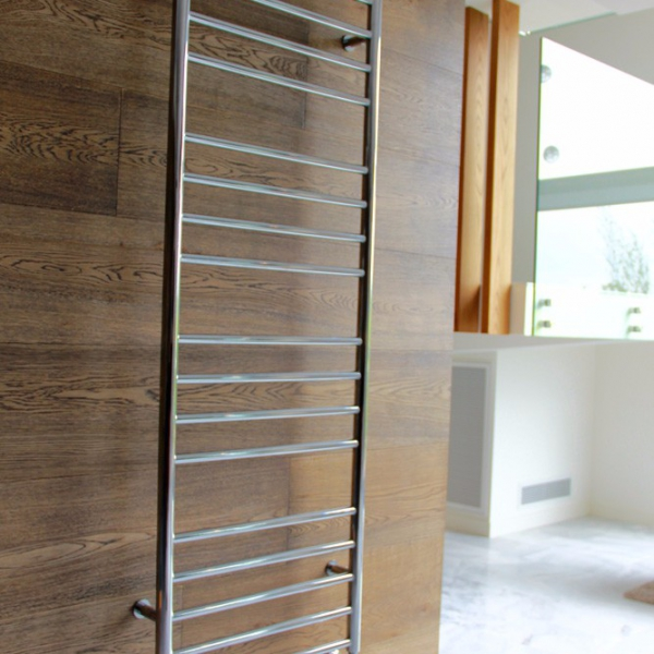 Iconic–towel-rail-information