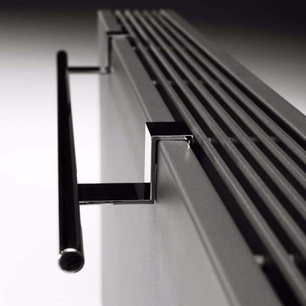 Strada-grey-towel-rail