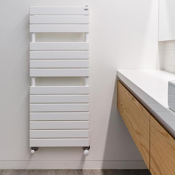 Designer-TowelRail-Picchio_white